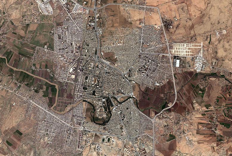 Luftfoto af Al-Hasakah. Fra https://archive.org/details/AlHasakah